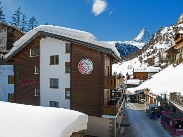 PopUp Hotel Alpenrose by Potato