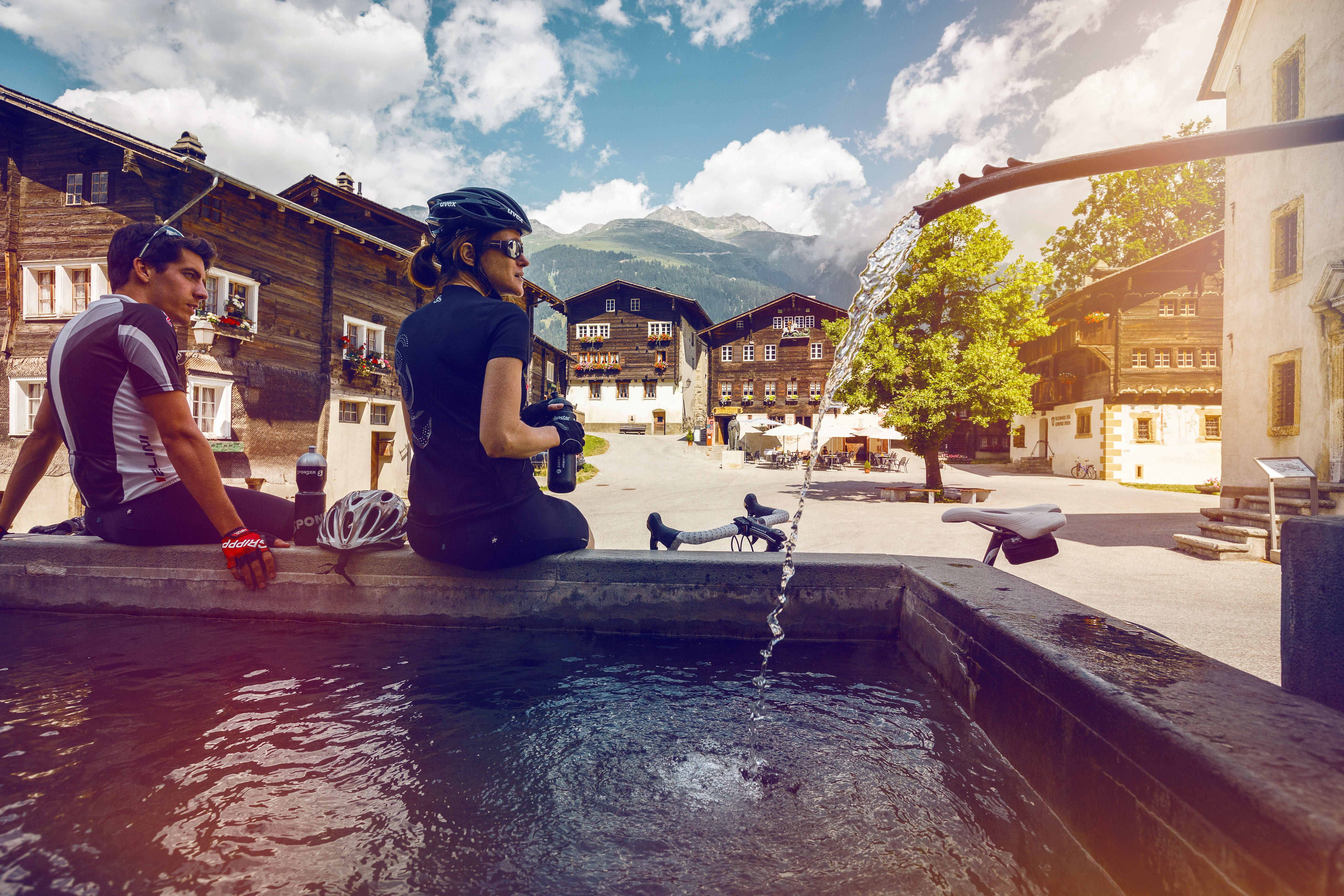 From the village of Oberwald to the charming town of Brig, this gentle downhill fourth stage of the Valais Cycling Tour is perfect after having climbed one of the mythic Alpine passes of the region (Nufenen, Grimsel or Furka).