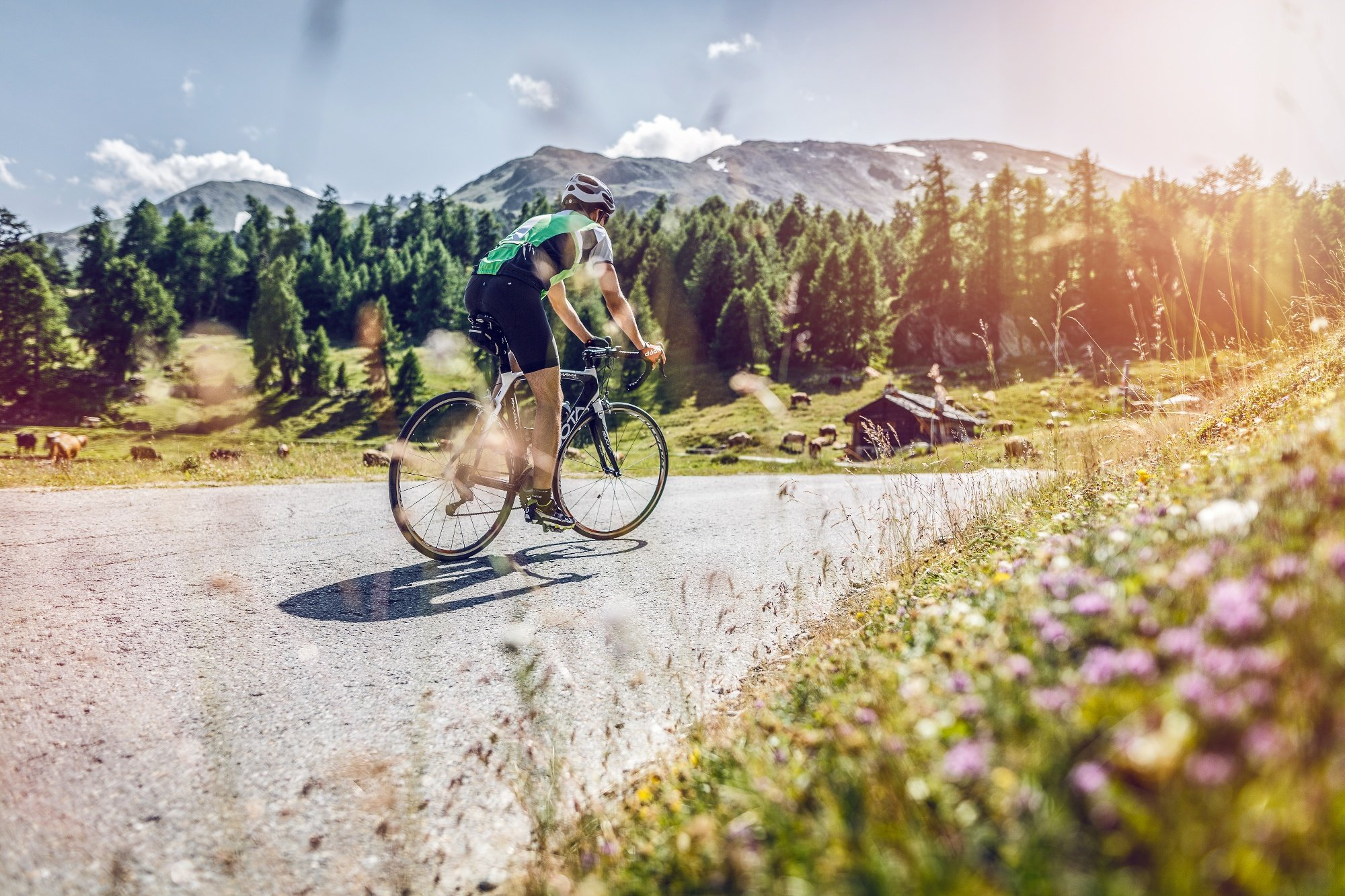 Moosalp…a pass that is certainly worth the trip! From Stalden, the countless hairpins and magnificent views from this sun-drenched southern slope will amaze any cyclist who ventures up this 1,400 metre climb.